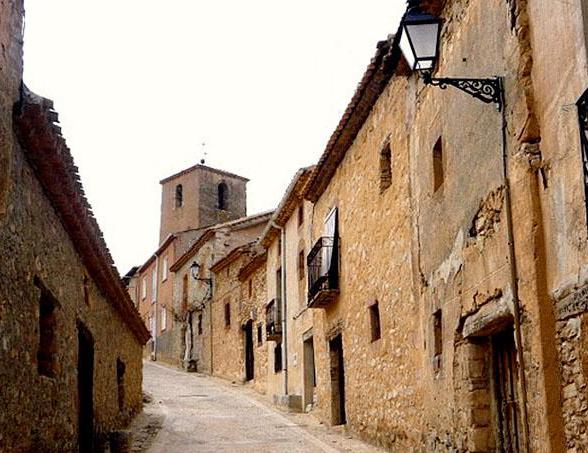 localidades-caracena-soria-ni-te-la-imaginas-003.jpg