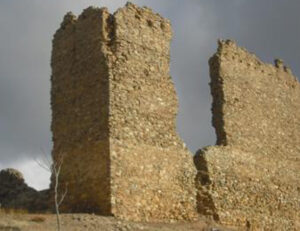 Castillo de Muro, Monumentos y Fortificaciones