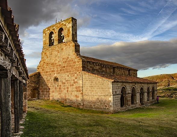 Yacimiento arqueológico de tiermes en montejo de Tiermes Soria ni te la imaginas