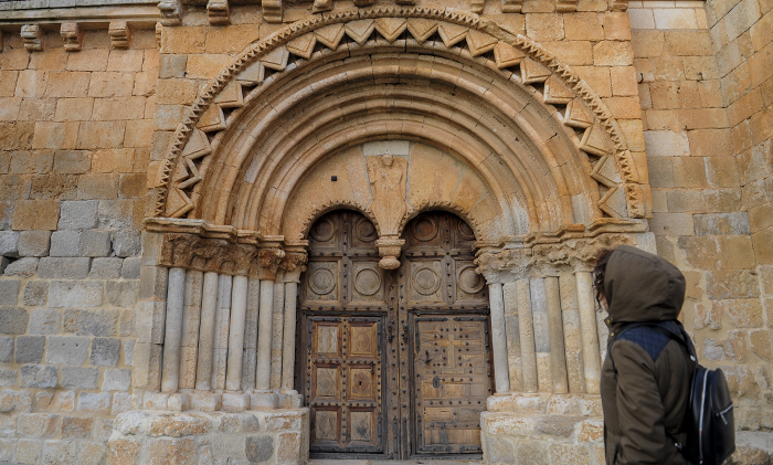 Iglesia romanica de Caltojar Soria ni te laImaginas